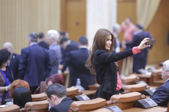 Propunere legislativă: faptele de corupție săvârșite pentru altcineva nu vor mai fi incriminate