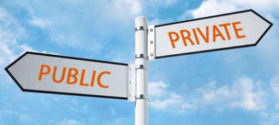 Cui servesc companiile publice: cetățenilor sau partidelor?