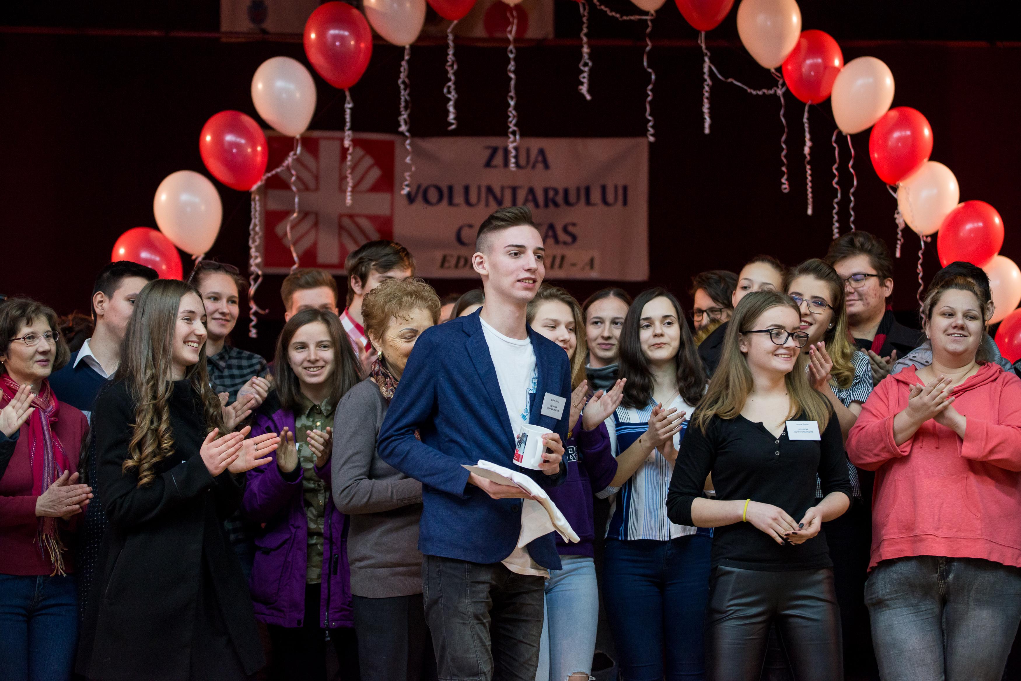 Voluntarii AsociaÈ›iei Caritas Eparhial Oradea au fost premiaÈ›i la cea de-a XII-a ediÈ›ie a Zilei Voluntarului Caritas