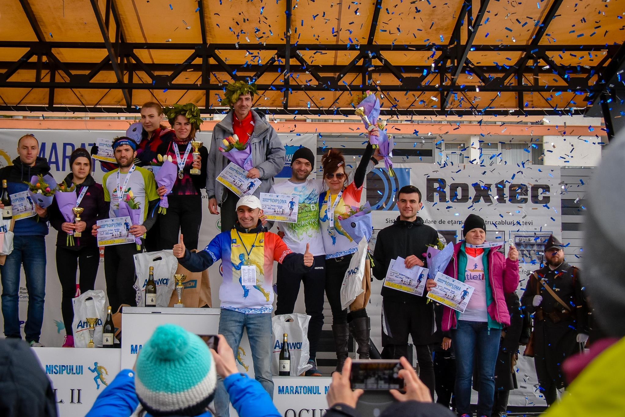 Peste 1.500 de atleÈ›i amatori au concurat la Maratonului Nisipului din staÈ›iunea Mamaia