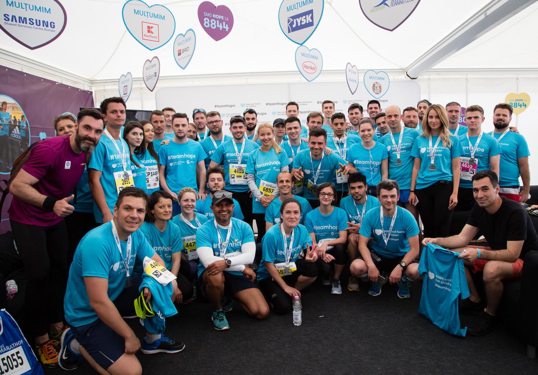 Peste 500 de alergători au participat la Semimaratonul București și au strâns bani pentru cauza Hope and Homes for Children