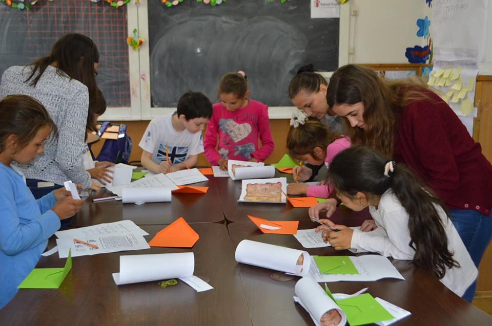 România inegală: Rata abandonului școlar, mai mare cu 20% în școlile din rural, față de cele din marile orașe