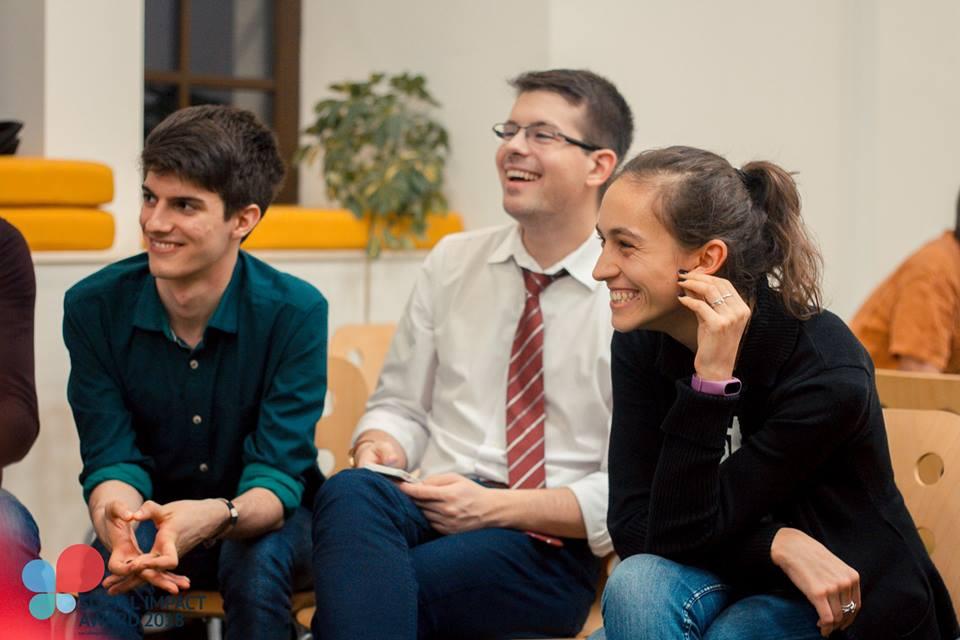Aplică până pe 15 mai la Social Impact Award, competiție cu premii de 5000 de euro pentru idei de afaceri sociale!