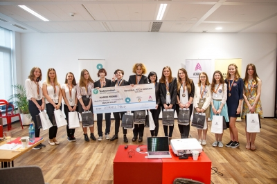 Elevele românce care au câștigat Technovation Challenge by UPC au plecat luni, 6 August, în Silicon Valley