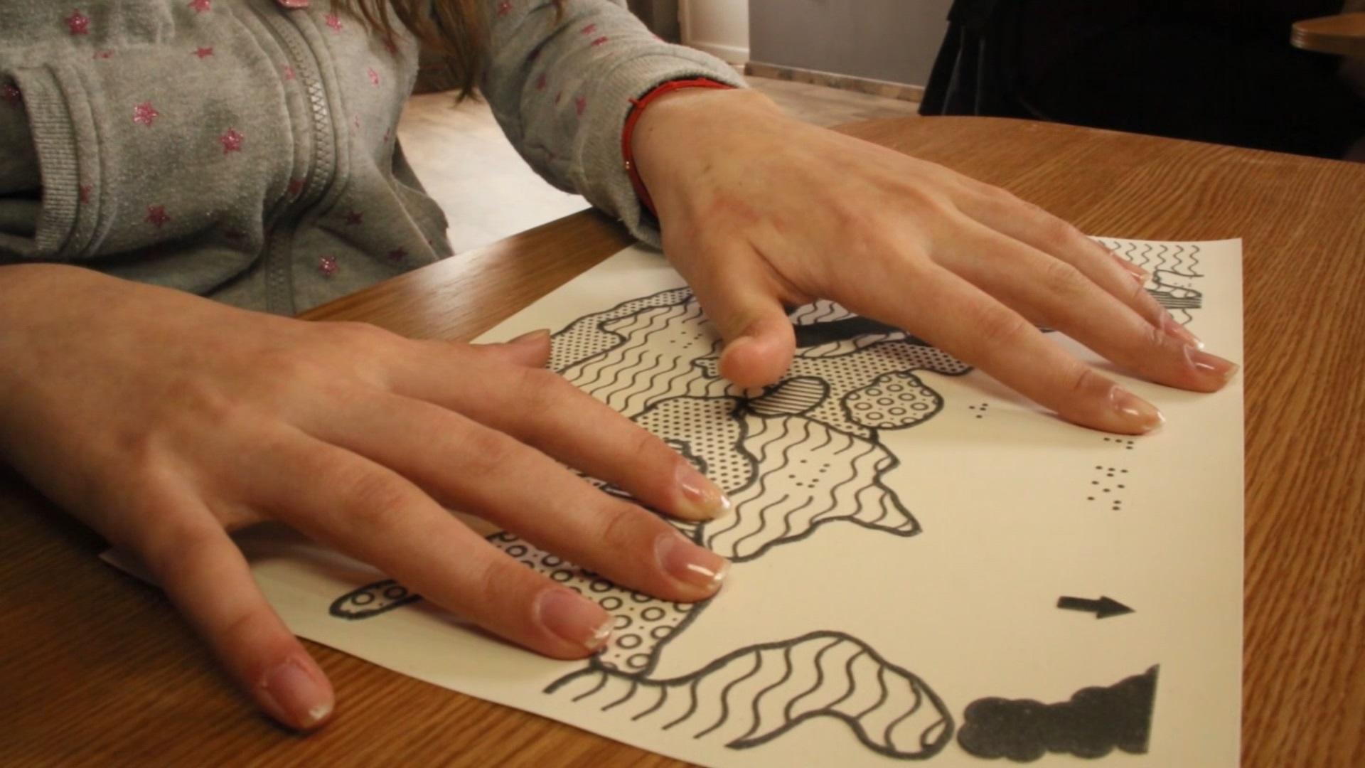 Nevăzătorii din România învață Istoria prin Sunet și Atingere