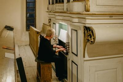 Nestemate muzicale transilvănene la biserica fortificată din Cincșor