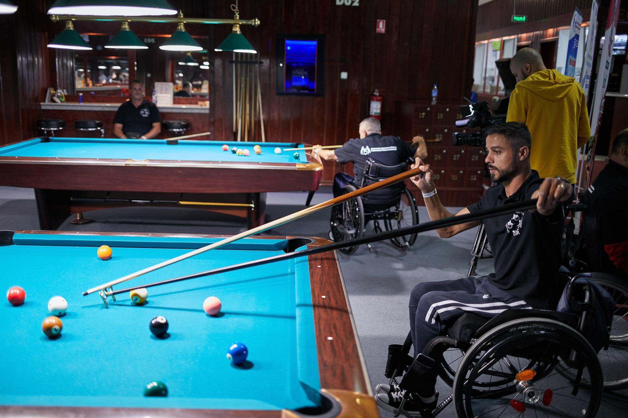 S-a lansat primul club sportiv din România dedicat biliardului în scaun rulant