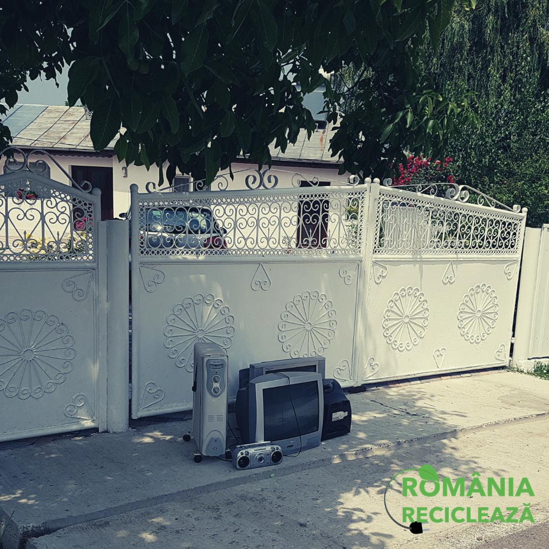 """""""România Reciclează"""": 50.000 kg de echipamente electrice vechi predate de români în prima lună de campanie"""