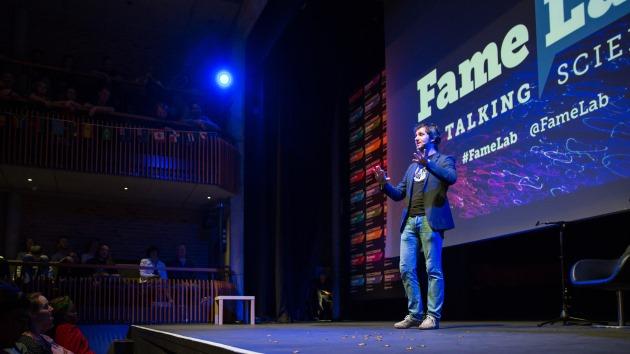 Cel mai bun comunicator de știință din România, ales în finala FameLab