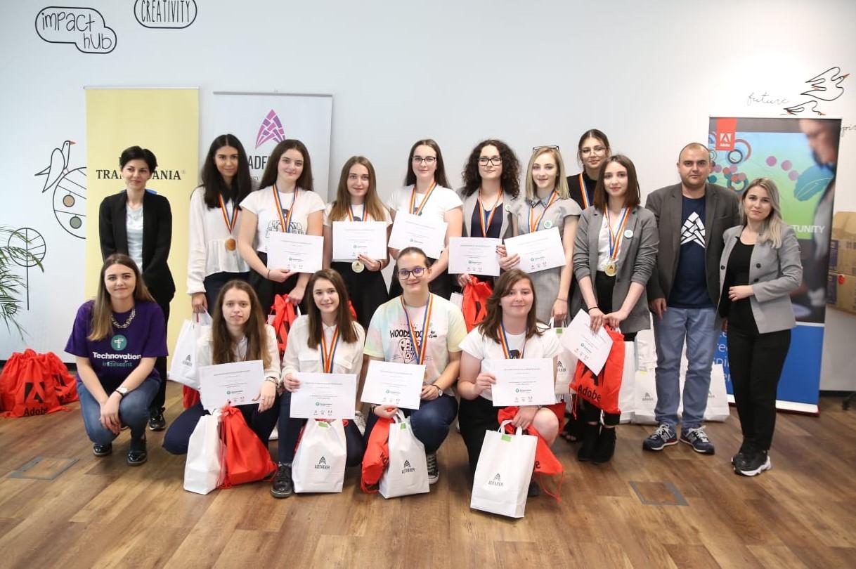 Tinerele românce care pot transforma o simplă idee într-un adevărat business -Technovation Challenge România 2019
