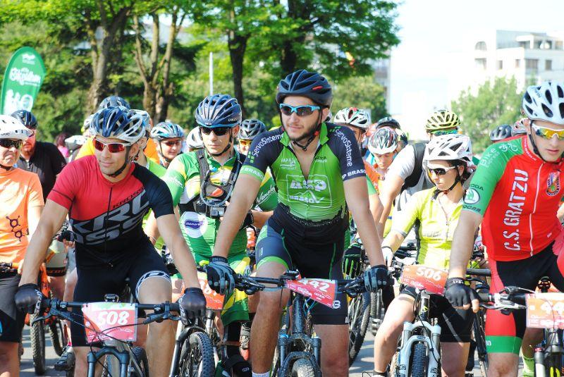 """994 de bicicliști au pedalat pe 8 iunie la """"Bikeathon Țara Făgărașului!"""