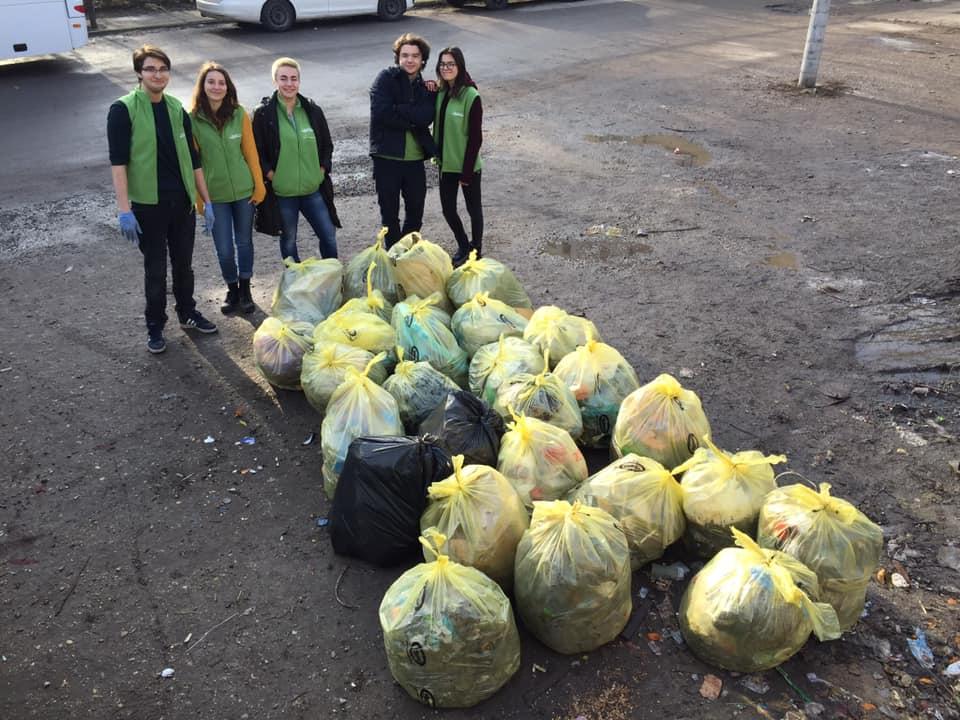 """14.600 de tineri din toată țara, uniți în """"ecOprovocarea"""" pentru a proteja mediul"""