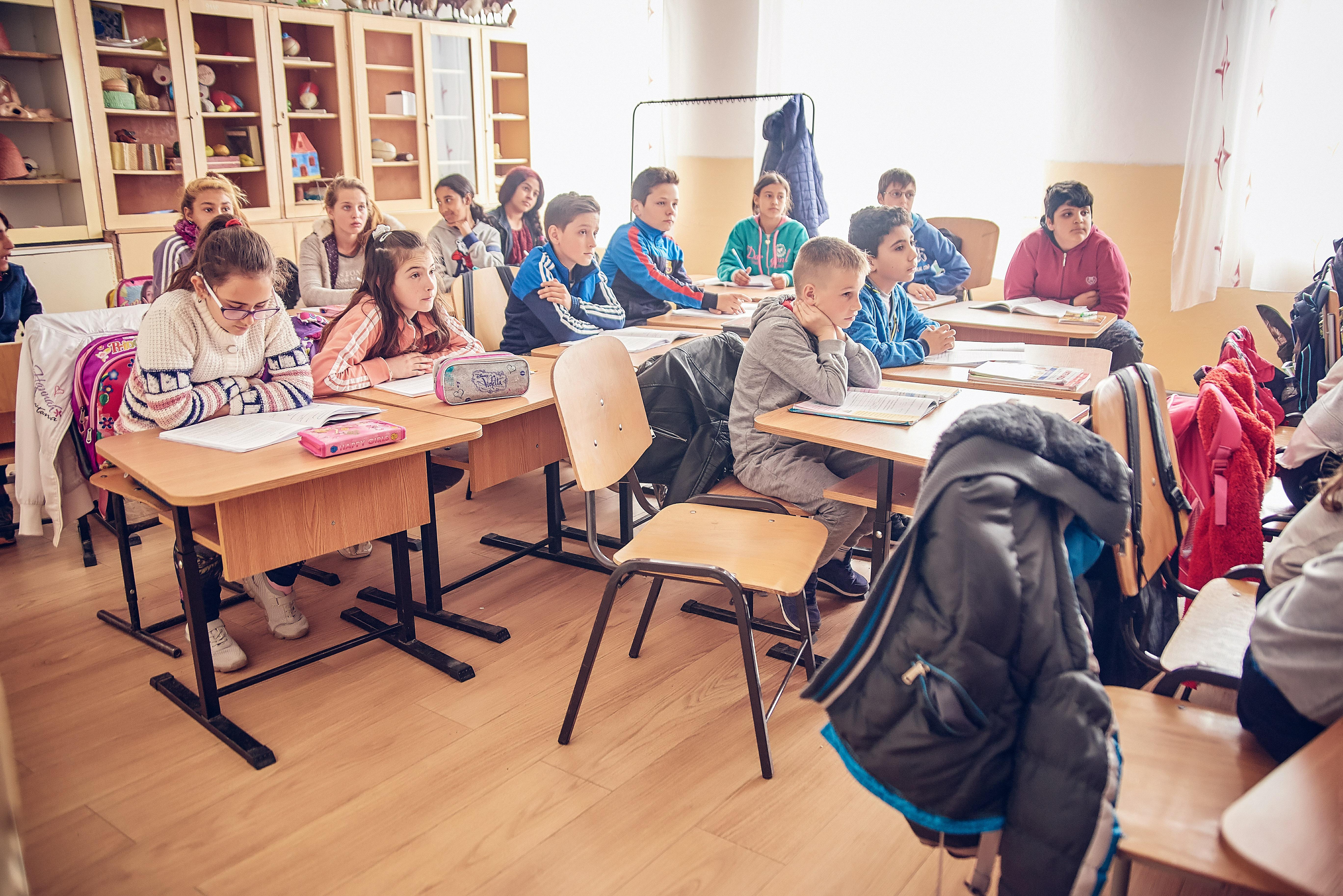 Sistemul de învățământ din România în ultimul deceniu prin lupa Comisiei Europene: stagnare și subfinanțare
