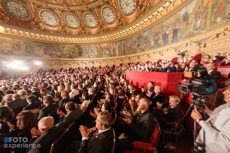 Un concert caritabil magistral la Ateneul Român în susținerea burselor Tinere Talente