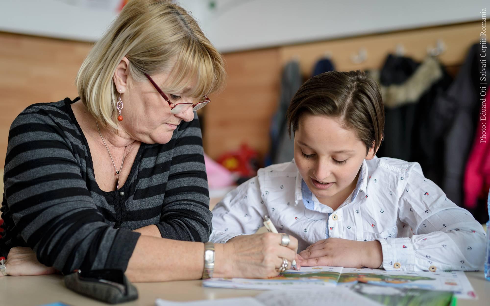 Salvați Copiii face lista marilor priorități pentru viitorul ministru al Educației