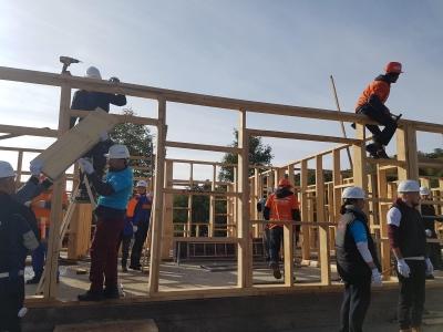 Habitat for Humanity România începe construcția a 10 case în 5 zile la Vaideeni