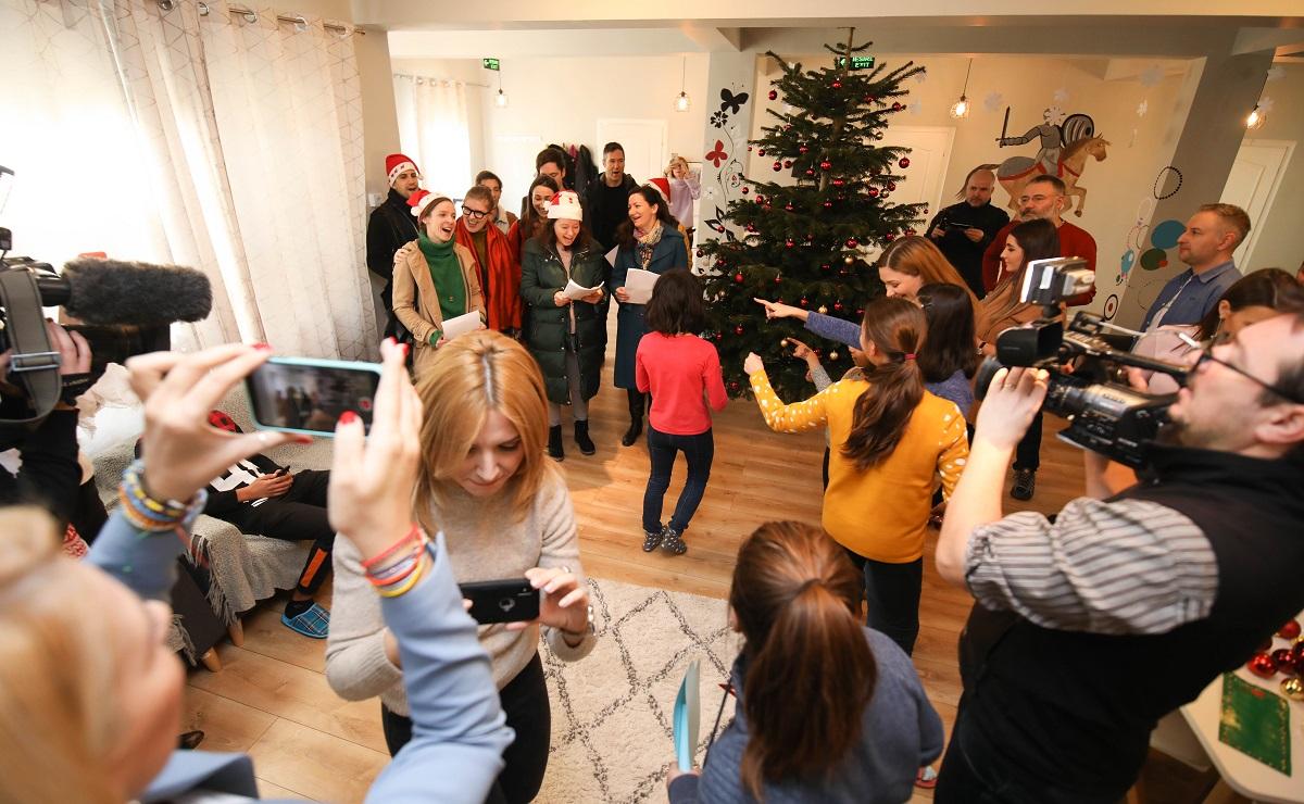 Mov Crăciun și Digi24 au ajuns anul acesta la copiii și familiile sprijinite de Hope and Homes for Children România