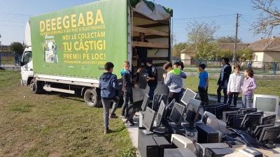 """""""România Reciclează�: în două luni românii au predat spre reciclare peste 150 de tone de aparate electrice defecte"""