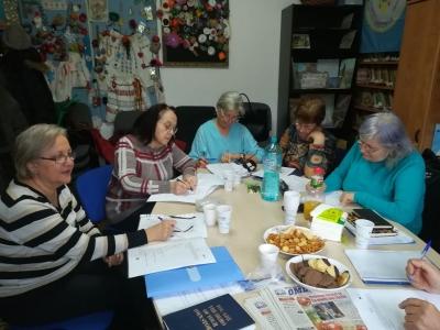 Prima platformă online pentru învățarea limbii engleze pentru seniori, dezvoltată în România, alături de alte 3 țări europene.