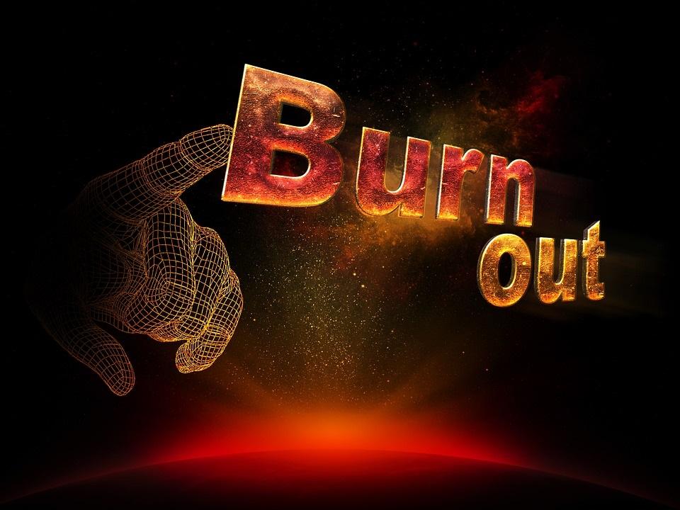 Burnout, cum îl recunoaștem și ce facem