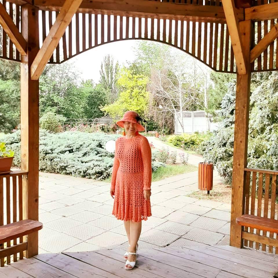 "Tudosia Isofache, Fashion Crochets: ""Croșetatul este terapie"""