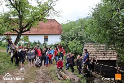 Salvăm Morile de Apă: Un nou traseu turistic la Gârnic (județul Caraș Severin), realizat de voluntari. Patru mori de apă de pe traseu au fost reabilitate în numai două zile