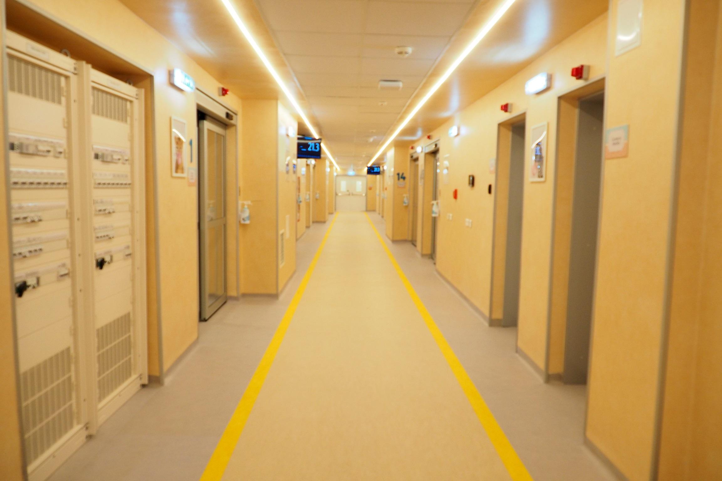 Peste 1000 de nou-născuţi din S-E României ar putea beneficia în curând de o secţie modernă de neonatologie
