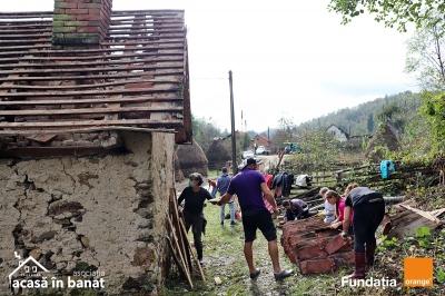 După mai bine de 10 ani, în satul Pârvova se macină din nou la moara de apă