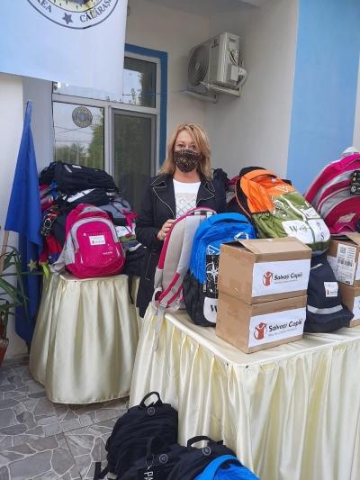 Salvați Copiii dotează cu tablete și materiale educaționale Școala Gimnazială Nr. 1 din comuna Unirea, județul Călărași