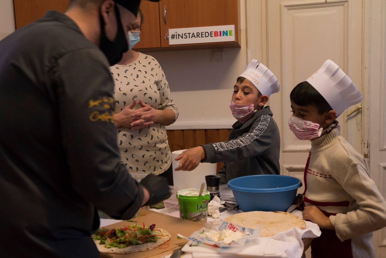 """Programul """"Școala din Grădină"""", un real succes în comunitățile defavorizate din Satu Mare și Baia Mare"""