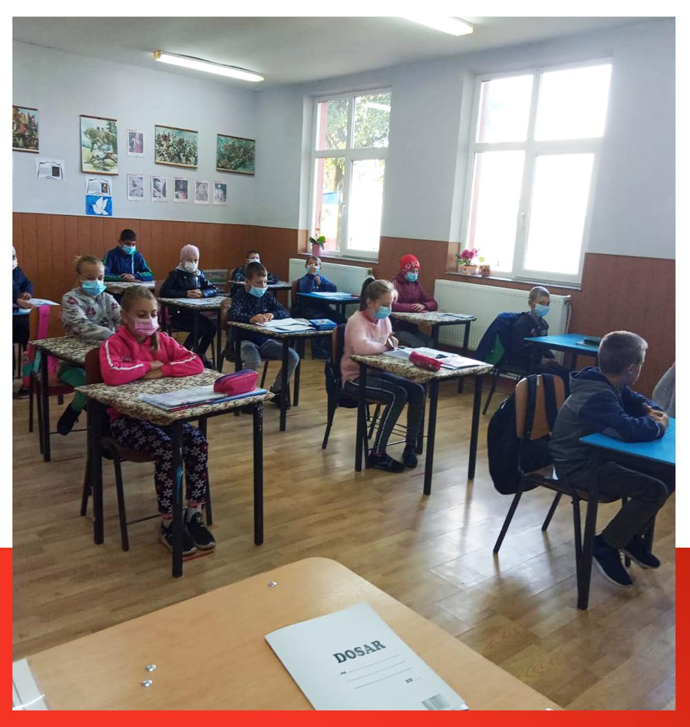 Apel: Salvati Copiii cere ministrului Educatiei sa nu elimine gratuitatea transportului scolar