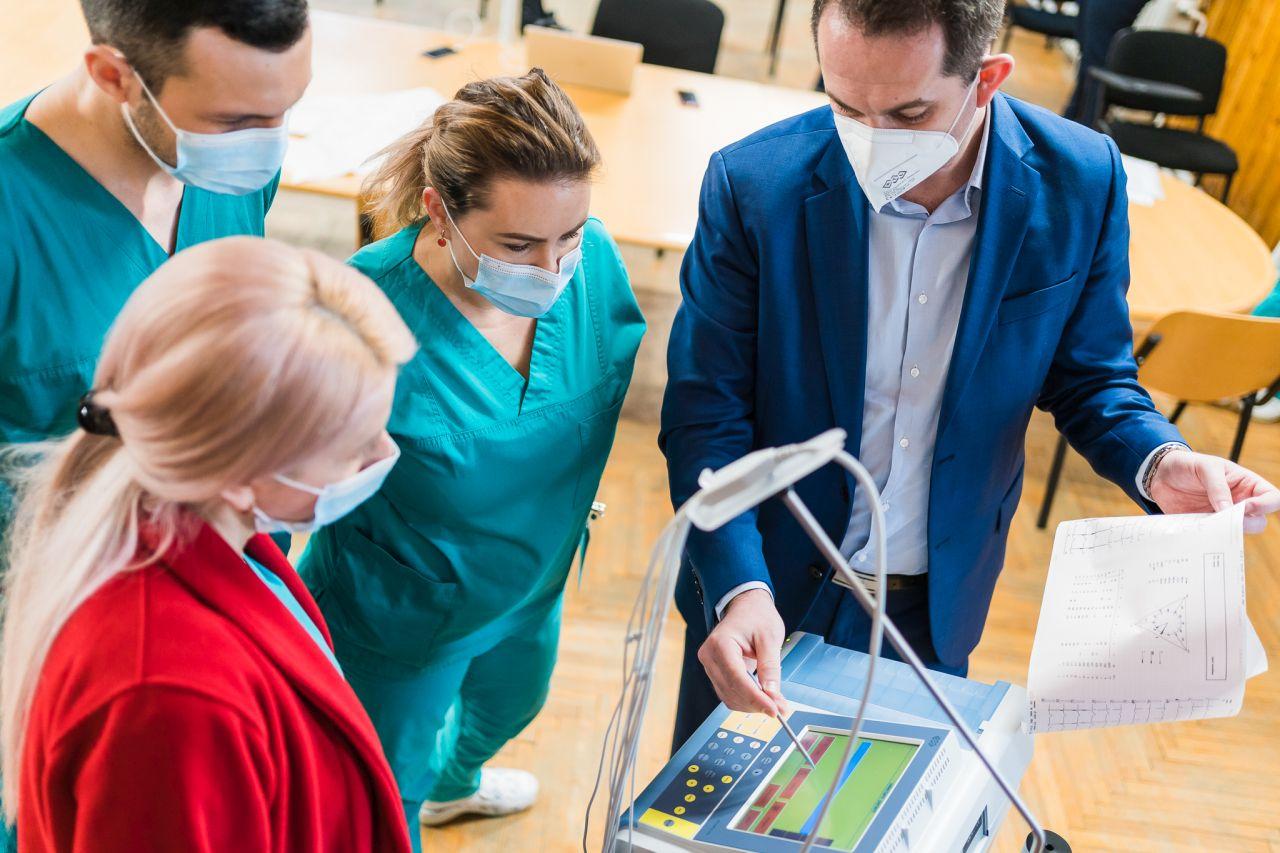 Spitalul Judeţean de Urgenţă Zalău primește 10 aparate EKG