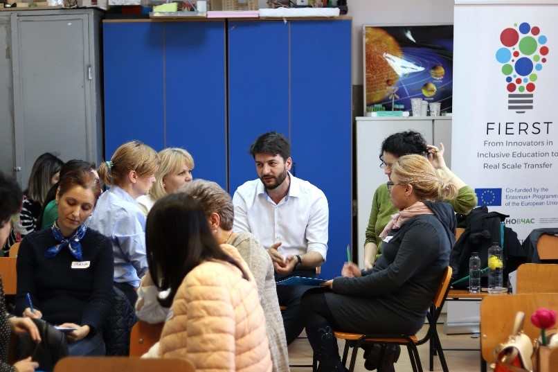 """Teach for Romania organizează Conferința Națională """"Scalarea bunelor practici pentru o educație incluzivă"""""""