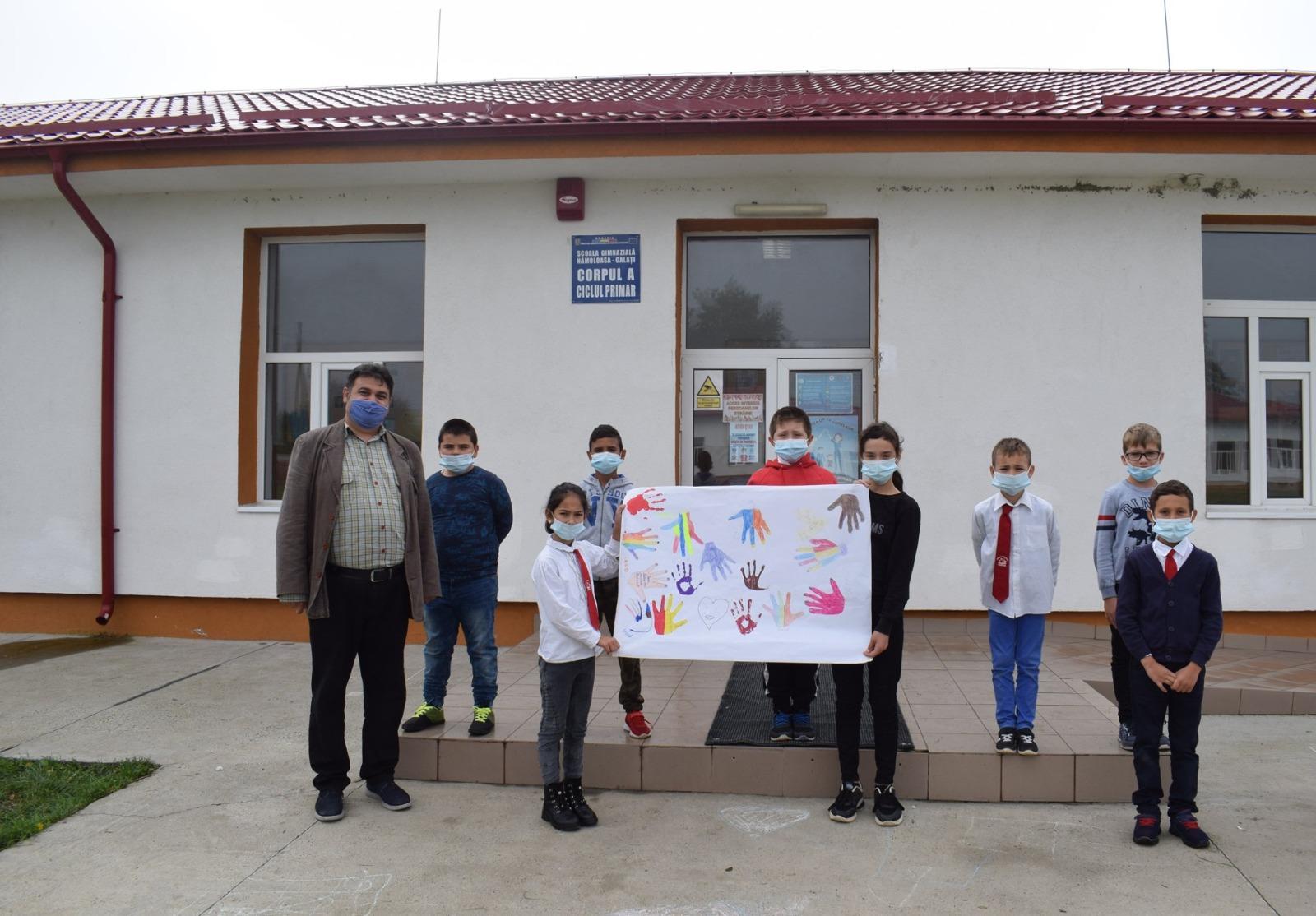 Teach for Romania și UiPath Foundation dezvoltă spiritul civic al copiilor din satul Nămoloasa, județul Galați