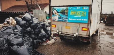 În Săptămâna Apelor, 497 de voluntari din țară au strâns 12 tone de deșeuri, dintre care peste 4 tone de plastic