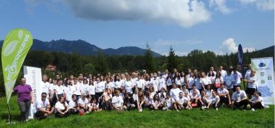 ecOprovocarea premiază cei mai harnici tineri ecologiști: tabără de leadership și finanțare pentru modernizarea spațiilor de învățare