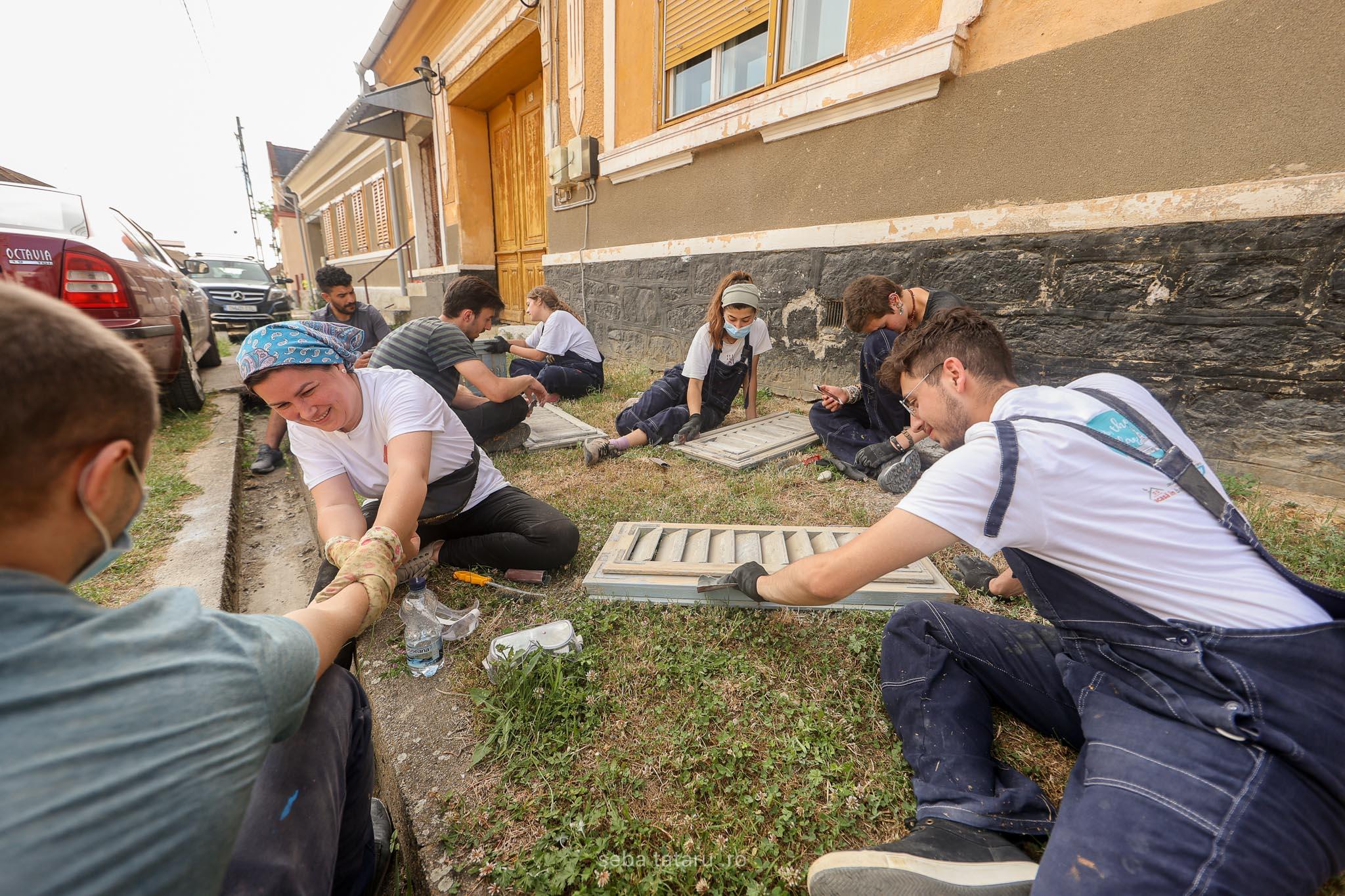 Color the Village la Ilidia: 30 de case renovate în trei zile
