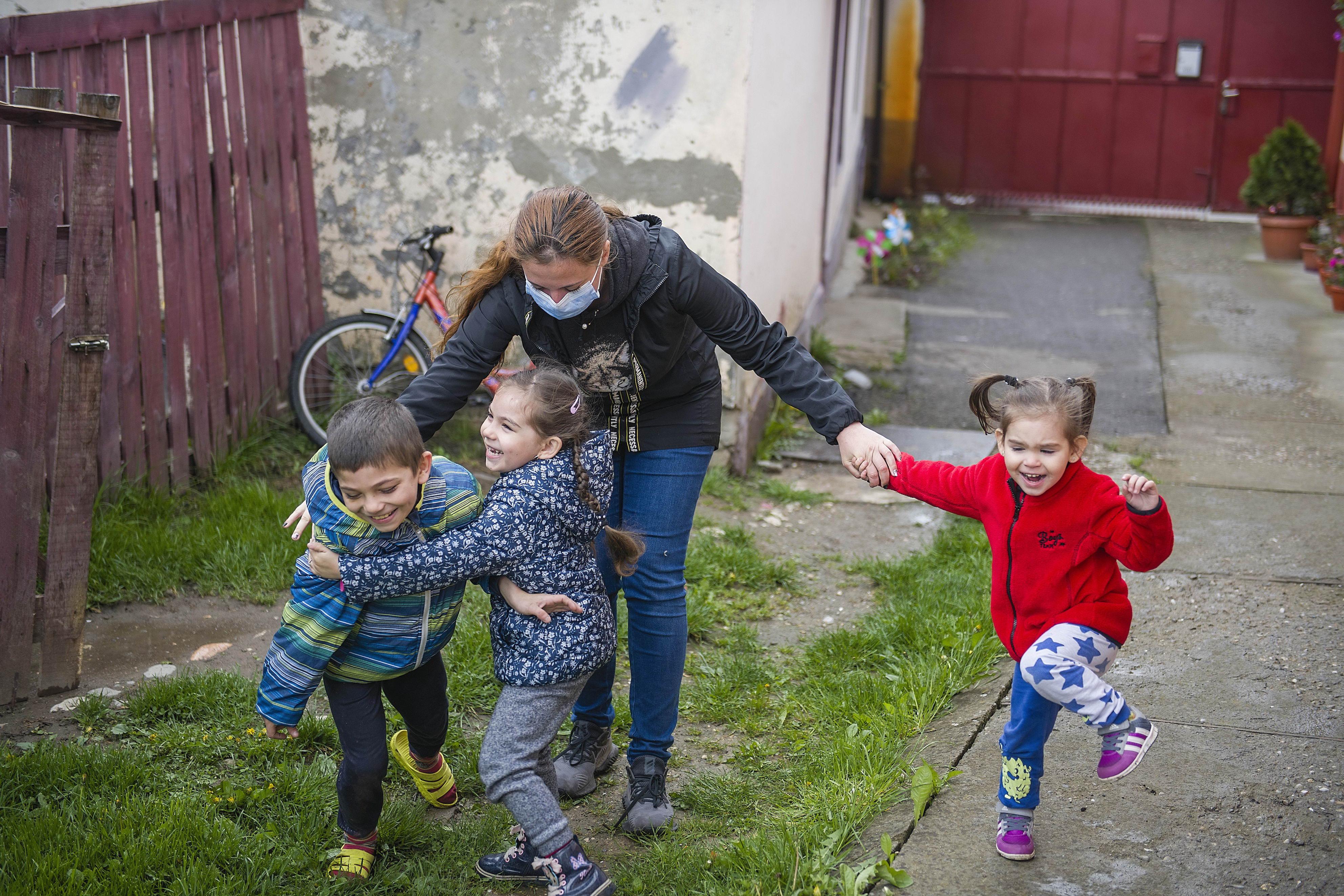 Peste 20 de milioane de lei investiți de Hope and Homes for Children în 2020 în reforma sistemului de protecție a copilului din România