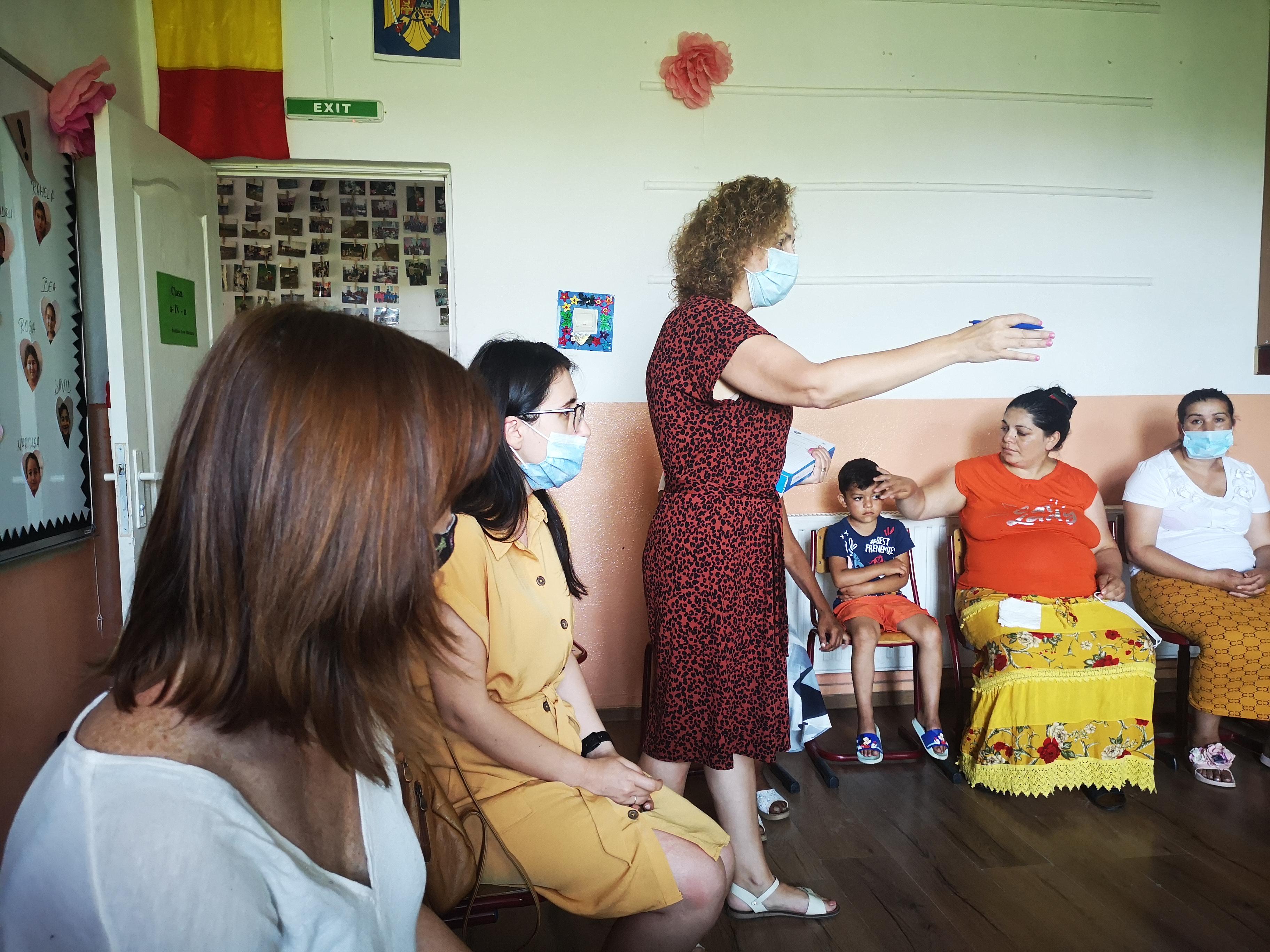 Sprijin educațional comunitar pentru copii cu părinți plecați în străinătate