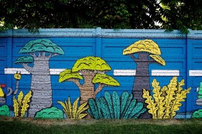 Vulcan Value Centre a inaugurat o pictură murală realizată de un artist urban, pe tema sustenabilității