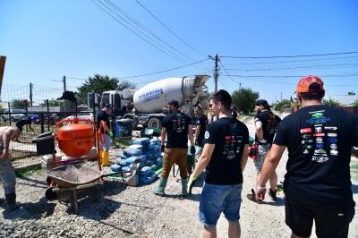 Proiect CSR unic: 400 de motocicliști, Cosmopolis și vedete au pus umărul la renovarea a cinci centre de plasament din Râmnicu Sărat