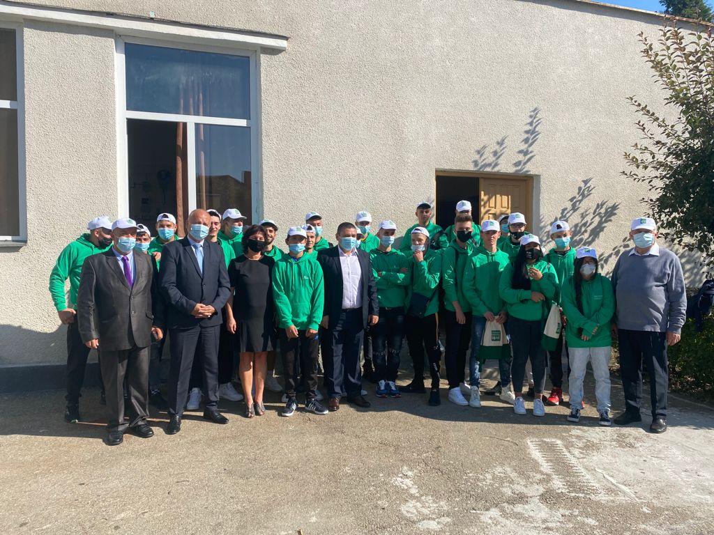 Peste 300 de tineri au intrat în familia Ucenic Electrician din județele Argeș, Gorj, Mehedinți, Teleorman, Vâlcea și Olt