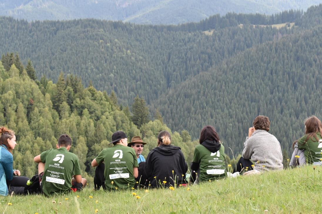 Tinerii pasionați de protecția mediului se înscriu în Eco Provocarea